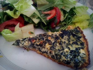 Spinat-Feta-Tarte mit Linsenboden