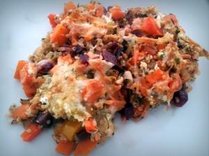 Quinoa-Gemüse-Gratin mit Hüttenkäse